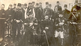 Picture of Ali Pasha of Gusinje (sitting, first from the left) with Haxhi Zeka (sitting in the middle) and some other members of Prizren League