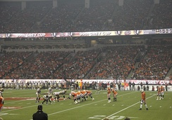 The Lions on offense at the 99th Grey Cup against the Winnipeg Blue Bombers.