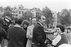 Hamilton (centre, in light suit), with Sean Connery at the filming of Diamonds Are Forever in Amsterdam, 1971