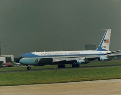 Boeing 707 SAM 27000 served Presidents Nixon to George W. Bush; it was the primary transport for Nixon through Reagan.