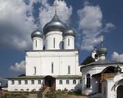 Никитский собор (XVI в.)Никитского мужского монастыряФото 2010 г.