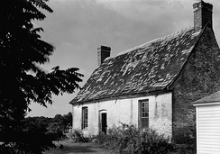 An example from the colonial period of the United States, Resurrection Manor near Hollywood, Maryland was built c.1660 and demolished 2002.