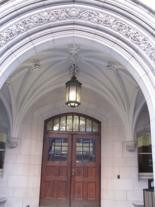 The entrance of Vanderbilt Medical School