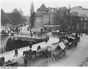 Civilians escaping from Danzig, February 20 or 21, 1945