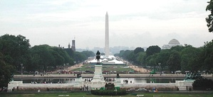 2004 view from the United States Capitol, facing west across the National Mall