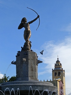 The original statue of Diana Cazadora is located in Ixmiquilpan.