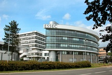 ESSEC campus cergy.jpg