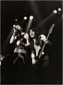 Paul Di'Anno and Steve Harris of Iron Maiden. Di'Anno's appearance and personality made him look more like a punk singer than a metalhead.[144]