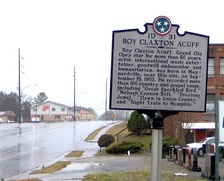 THC marker along Maynardville Highway (TN-33) in Maynardville, Tennessee, near where Acuff was born