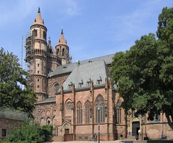 The Cathedral of Worms was 10 years old when the Concordat was issued there in 1122.