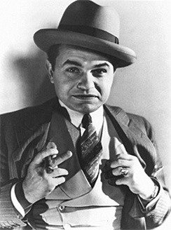 Robinson as gangster Little Caesar (1931)