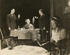 Anthony Ross, Laurette Taylor, Eddie Dowling and Julie Haydon in the Broadway production of The Glass Menagerie (1945)