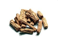 Codonopsis pilosula: сушёные корни. Используются в традиционной китайской медицине