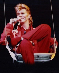 Bowie performing during the Glass Spider Tour, 1987
