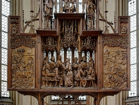 The Altarpiece of the Holy Blood, by Tilman Riemenschneider (1501–1505). An example of an altarpiece with a central, sculpted section and relief wings.