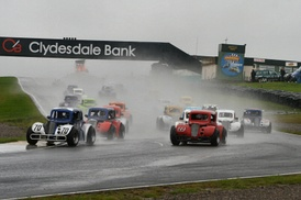 Scottish legends championship race start at Knockhill
