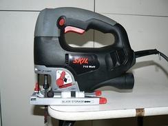 Электрический ручной лобзик «Skil» с утюжковой рукояткой
