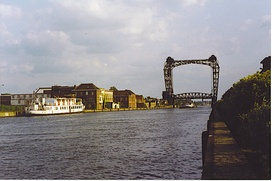The canal at Willebroek bridge
