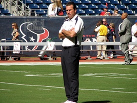 Gary Kubiak led the Texans to their 1st division championship and 1st playoff win.