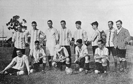 The 1915 team achieved an outstanding mark of 95 goals in 24 matches.