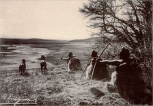 Selk'nam men hunting
