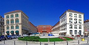 The Prokurative, now Republic Square, developed during the Mayoralty of Dr. Bajamonti and designed in 1859