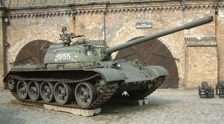 "Soviet T-55 tank: ""slack track"" and rear drive sprocket"