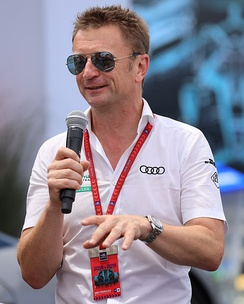 McNish speaking about Audi eTron at the 2019 New York ePrix