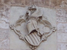 Valencian coat of arms over the entrance of Serranos Towers