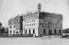 Construction of Norman Bridge Laboratory of Physics in 1921