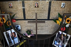Grave of Luciano Pavarotti and his family in Montale.