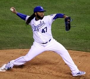 Cueto pitching in 2015 World Series