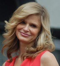 Kyra Sedgwick, Best Actress in a Drama Series winner
