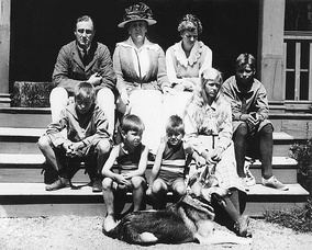 The Roosevelt family at Campobello (1920)