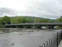 Bridge over River Wharfe at Otley - geograph.org.uk - 1289862.jpg