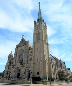 Cathedral of Saint Peter - Belleville, Illinois 01.jpg
