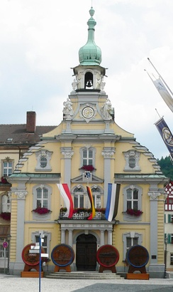 Kulmbach Town Hall with the traditional beer barrels on the occasion of the Beer Festival