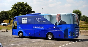 For the first time, prior to the 2014 election presidential candidates were nominated. This enabled them to present election programmes and campaign for the position (the campaign bus of Jean-Claude Juncker depicted).