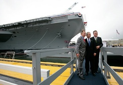 Governor Jeb Bush (R) with his father and brother, former President George H. W. Bush (L) and then-President George W. Bush (C) in 2006