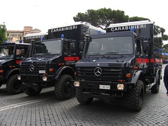 Carabinieri Mercedes Unimog 3000 – 5000 mobile labs for CBRN (chemical, biological, radiological & nuclear) activity