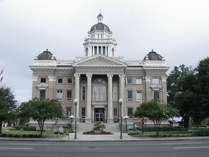 Lowndes County Courthouse in Valdosta