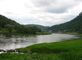 Пейзаж, состоящий из различных элементов ландшафта, Кёнигштайн (Саксонская Швейцария).