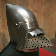 Early 15th century bascinet with hounskull visor