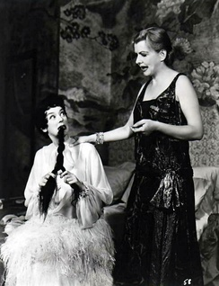 Rosalind Russell and Polly Rowles in the original 1956 [Broadway production of Auntie Mame