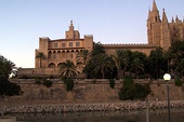 La Almudaina was a royal palace of the kings of Majorca, Aragon and Spain