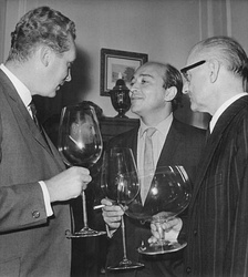 Karel Reisz (centre)  who was active in the Free Cinema and the 'British New Wave'
