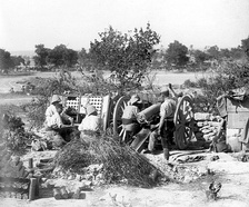 French artillery in action near Gallipoli 1915