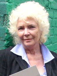 Fionnula Flanagan, Best Supporting Actress in a Series, Miniseries, or Television Film winner
