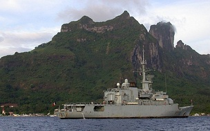 The French frigate Floréal in November 2002, stationed in Bora Bora lagoon