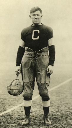 Jim Thorpe, Canton Bulldogs, 1915-20